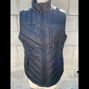 Under Armour storm puffer keep warm vest size m